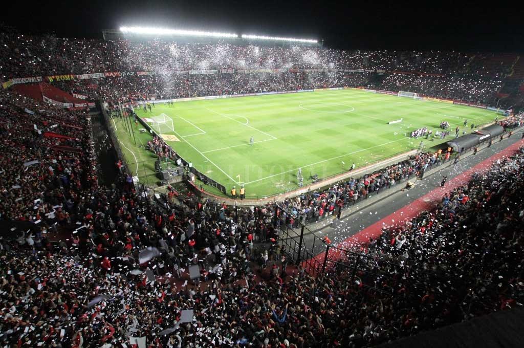 Último partido internacional en la cancha. Colón recibió a Atlético Mineiro por la semifinal de la Copa Sudamericana Crédito: Mauricio Garín