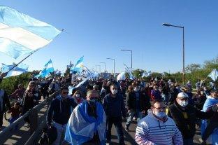 Ruidazo y banderazo, a favor y en  contra de la expropiación de Vicentin