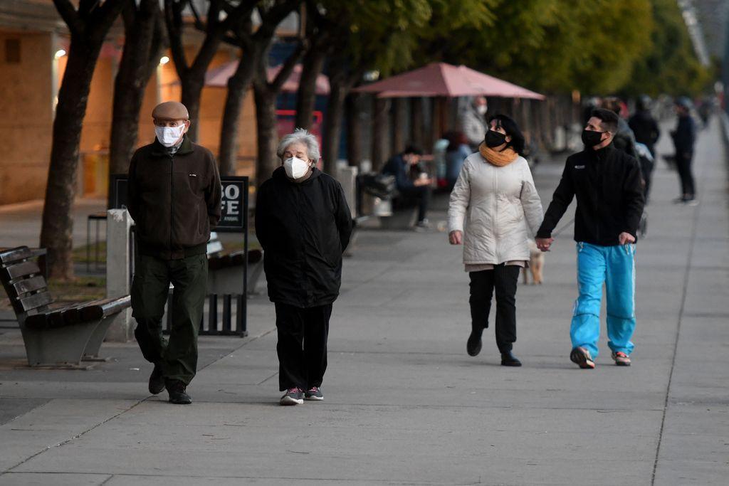 Ciudadanos de Buenos Aires aprovecharon el 9 de julio para pasear por la costanera. Crédito: Télam