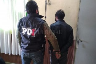 Hermanos presos por desvalijar una casa - La policía de Coronda allanó la casa de la madre y de un amigo de los implicados, donde fueron detenidos el día del hecho. -