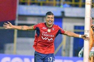 """""""En las clínicas no hay lugar para todos"""" , advirtió el futbolista boliviano con coronavirus"""