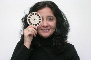 """""""Cómo comunicar tu película independiente"""" - La periodista, docente, investigadora y jefa de prensa Cynthia Sabat brindará las herramientas básicas para llegar al público de una película independiente. -"""