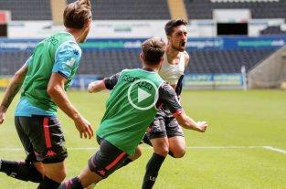Agónica victoria del Leeds de Bielsa, que quedó a un paso del ascenso a la Premier League