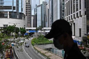 Hong Kong vuelve a endurecer medidas restrictivas por el coronavirus