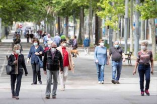 """Barcelona: se triplicaron los contagios de coronavirus y no descartan dar """"un  paso atrás"""""""