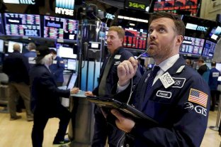 El Gobierno ofrecerá canje de bonos para ampliar el diferimiento de plazos de pago