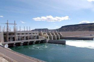 Para el Mosconi, el sector energético va a la quiebra - Hidroeléctricas. Vencen entre 2023 y 2025 las concesiones de El Chocón, Alicurá, Pichi Picún Luefú y Piedra del Águila que suman unos 4.000 megavatios de potencia. (La térmica de Sauce Viejo Brigadier Lopez genera alcanzará los 420 cuando se complete la obra de ciclo combinado). -