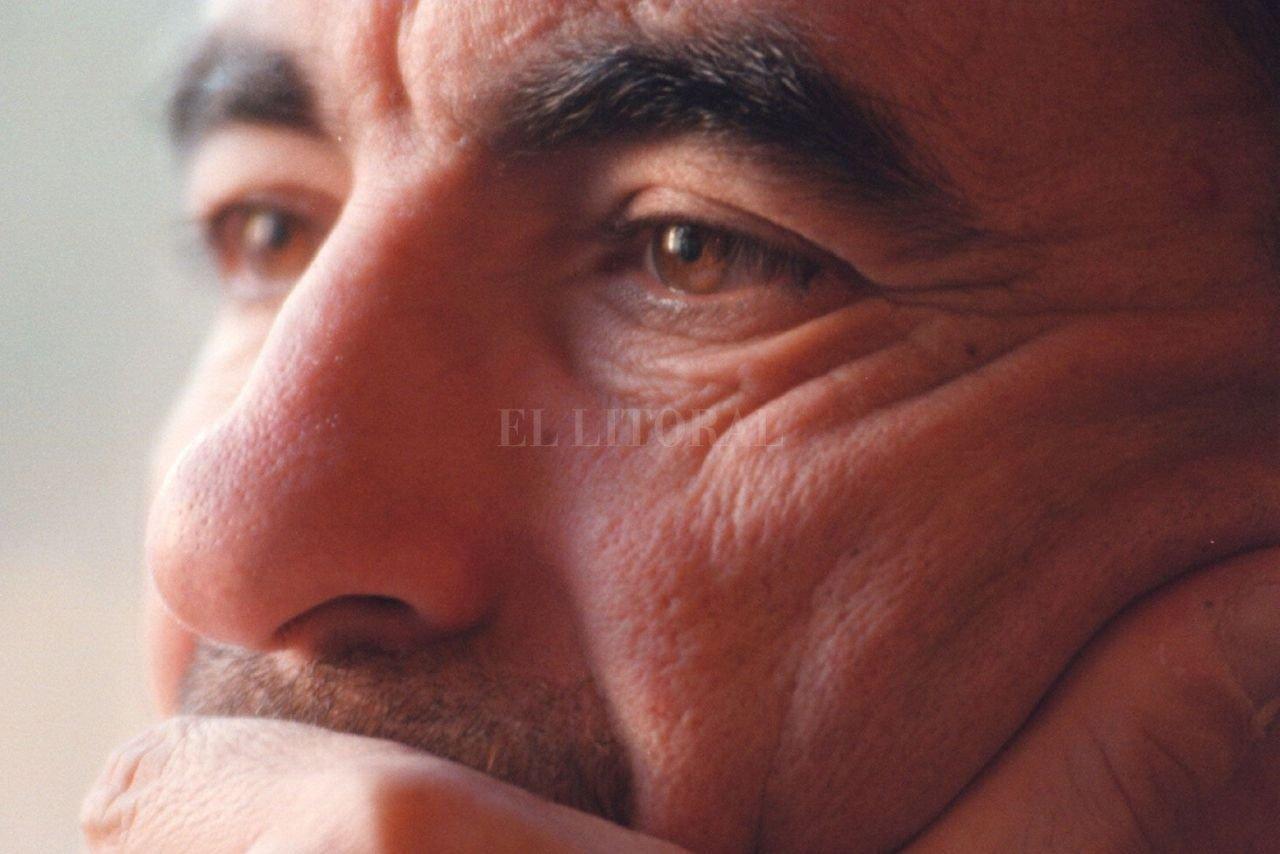 Carlos Trullet, un hombre que jamás pasará desapercibido en la historia de Unión, hacedor de aquél equipo del ascenso del '96. Crédito: Alejandro Villar