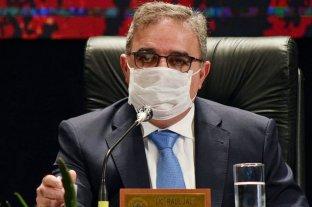 """Jalil: """"Vamos a tener que aprender a convivir responsablemente con el virus"""""""