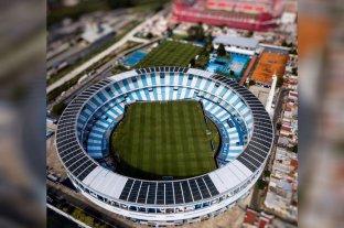 Polémica por un tuit de Racing burlándose de Independiente