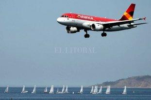 Denuncian que Avianca pagó millones en bonos a ejecutivos pese a su quiebra