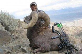 El cazador que asesinó al famoso león Cecil ahora mató a un carnero salvaje protegido