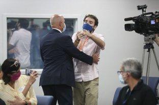 Un argentino increpó al gobernador de Florida y lo acusó de no hacer nada frente al Covid-19