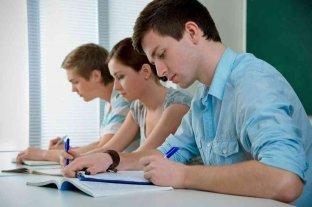 Solo el 23,8% de la población ocupada tiene nivel superior o universitario completo
