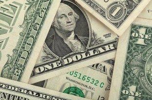 El dólar blue cotizó a $ 156 y cayó $ 3 en la semana