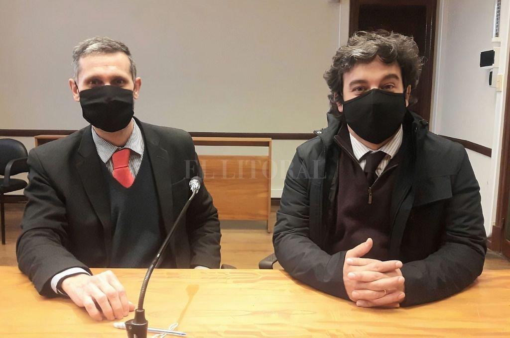 Los fiscales del caso, Marcelo Nessier y Francisco Cecchini, poco antes del comienzo de la audiencia. Crédito: Gentileza