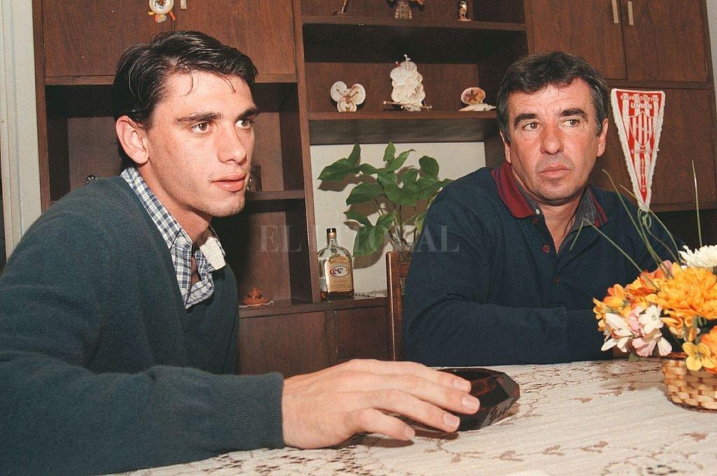 Los Mazzoni, padre e hijo, en una foto de archivo. Es gente muy querida y que forman parte de hitos exitosos en la vida del club. Crédito: Alejandro Villar
