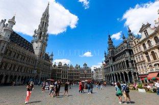 Bruselas declaró el toque de queda cuando Bélgica registra su récord de casos diarios de Covid-19