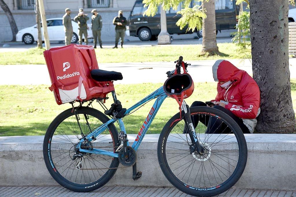 La app de delivery fue multada por la provincia en 3 millones de pesos. Crédito: Flavio Raina