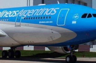 Sólo quienes renuncien a ser repatriados podrán volar a Nueva York con Aerolíneas