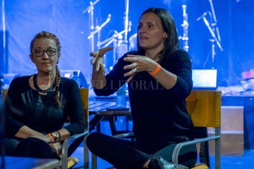 Paula Rivera, vicepresidenta del Inamu, será la disertante (en la foto junto a su predecesora, Celsa Mel Gowland). Crédito: Gentileza Nico Rivarola