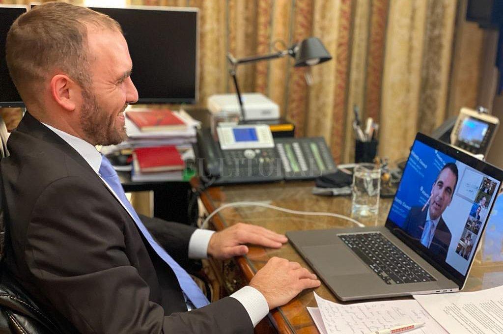 Guzmán partipó de una videoconferencia organizada por el Atlantic Council.  Crédito: NA
