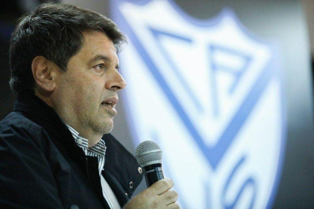 Sergio Rapisarda en la misma onda que Spahn y Verón, quien declaró que si no vuelve urgente el fútbol, hay que cerrar los clubes. Crédito: Archivo