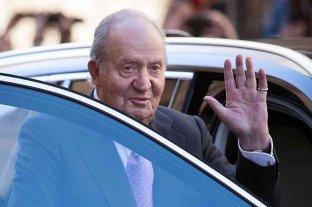 Rey emérito Juan Carlos I, sospechoso de corrupción, se mudó fuera de España