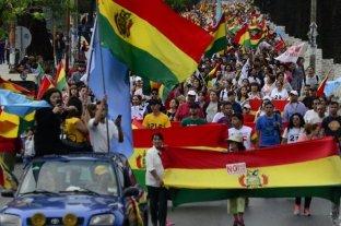 Manifestaciones y piquetes contra  la postergación de las elecciones en Bolivia