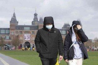 Países Bajos detectó una fuerte alza de casos de coronavirus