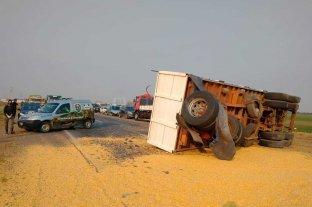 Chocaron dos camiones en el sur de la provincia de Santa Fe  -