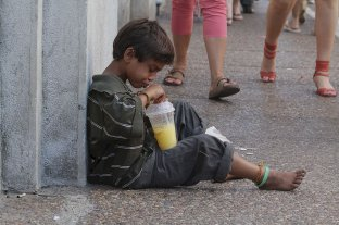 Unicef prevé un 63 % de pobreza infantil a fin de año -  -
