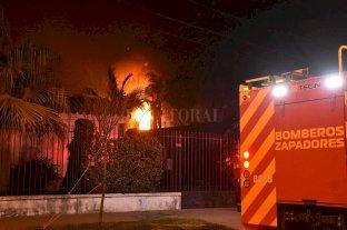 Las llamas afectaron viviendas en Santo Tomé