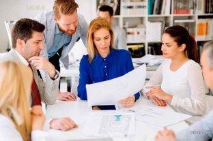 El Gobierno dispuso que las sociedades deberán incluir el mismo número de hombres y mujeres en su directorio