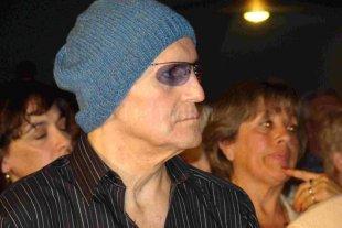 Un viaje virtual al universo de Leonardo Favio - Fallecido en 2012, a los 74 años, Leonardo Favio fue cantautor, productor, guionista y actor, pero es reconocido sobre todo como un director de culto. -
