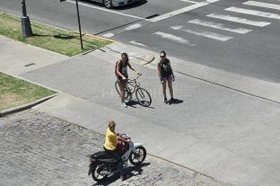 Autos a un máximo de 30 km/h en el centro, e impulso a ciclistas y peatones