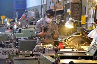 Sólo un 46,4 % de las industrias están trabajando con normalidad -  -