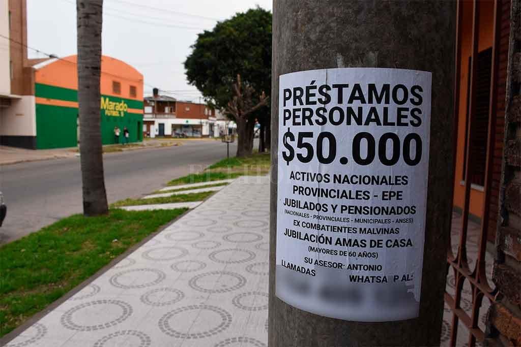 La víctima sacó dos préstamos de $ 200.000 y $ 100.000, que debía devolver en 20 cuotas semanales de $ 20.000 y en 10 de $ 25.000 respectivamente. Crédito: Guillermo Di Salvatore