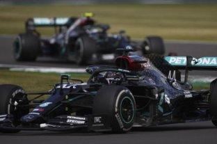 Lewis Hamilton marcó el mejor tiempo de los entrenamientos en Silverstone