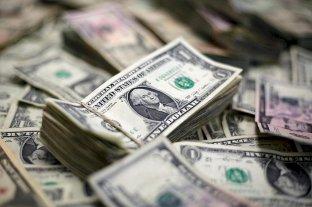 Pese al acuerdo de deuda, el dólar cerró la semana en alza en todas sus cotizaciones -  -