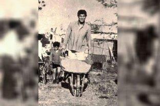 De la pobreza del rancho sin piso, a la opulencia del jet set - Carretilla en mano, construyendo a puro sacrificio su primera casa -