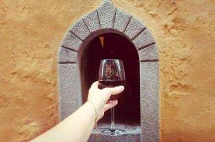 """Las """"ventanas del vino"""" vuelven a ponerse de moda en Italia"""