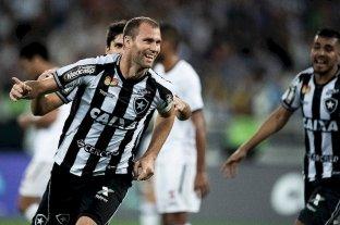 """Carli y Ribas son """"los"""" nombres - Joel Carli con la camiseta del Botafogo, que defendió durante cuatro años y se convirtió en un gran referente del popular club carioca. -"""