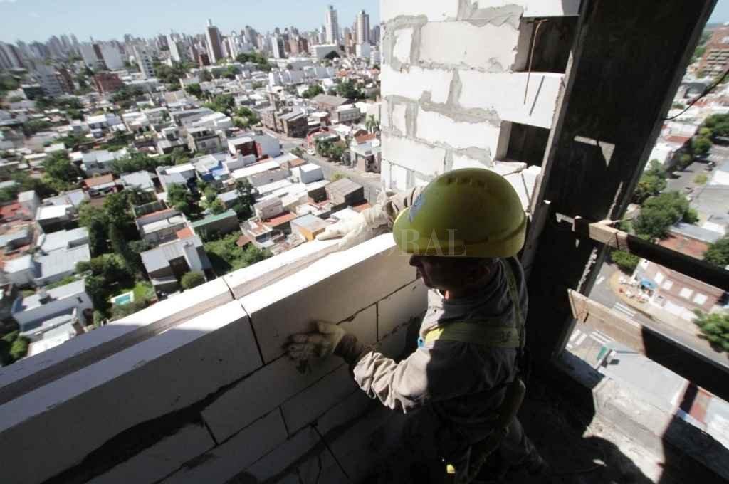 La construcción, uno de los ejes sobre los que puede montarse para de la reactivación.    Crédito: Mauricio Garín