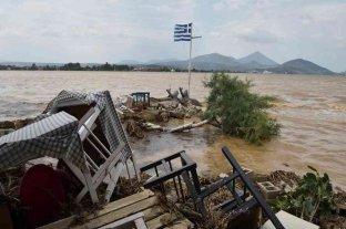 """El temporal """"Thalia"""" dejó al menos ocho muertos en la isla griega de Eubea"""