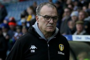 """Bielsa está """"cerca"""" de extender su contrato con Leeds United, según medios ingleses"""