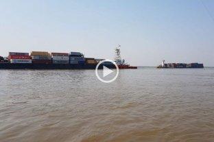Video: casi chocan dos embarcaciones en el puerto de Reconquista -  -