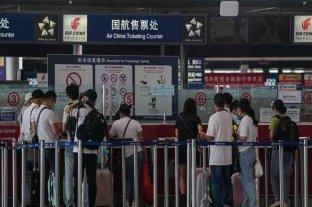 China abre sus fronteras y permite el regreso de residentes europeos al país