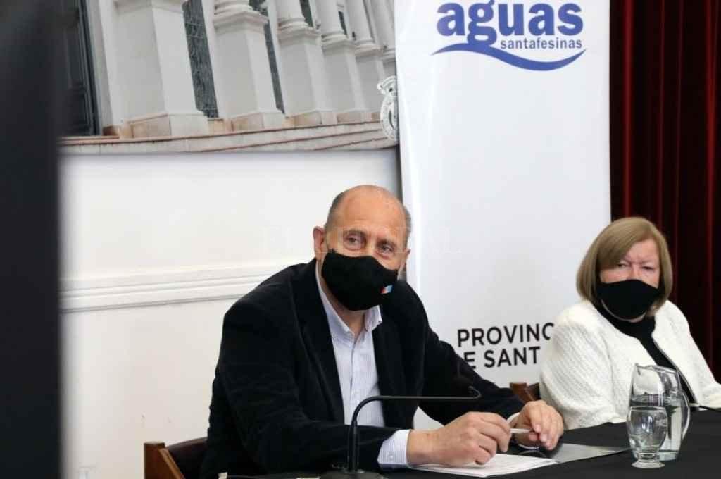 Perotti compartió con Meiners y otras autoridades el acto en la ciudad de Esperanza     Crédito: Gobierno de Santa Fe