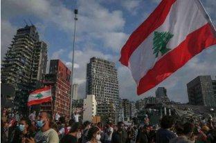A una semana de las explosiones, el puerto de Beirut retoma parte de sus operaciones